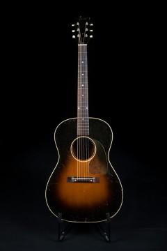 1952 GIBSON LG-2