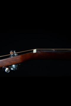 1967 Martin D18