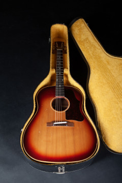 1962 GIBSON J45